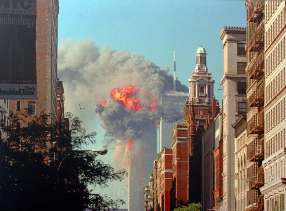 9-11 18 North Tower collapse